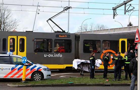 Стрельба в трамвае в Утрехте: три человека погибли и еще девять пострадали