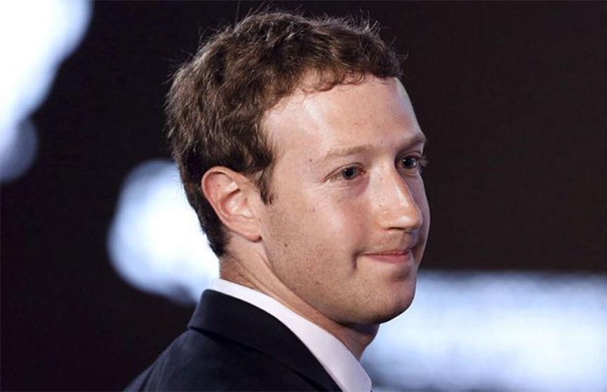 Топ-менеджеры Facebook обязаны использовать для работы Android-смартфоны