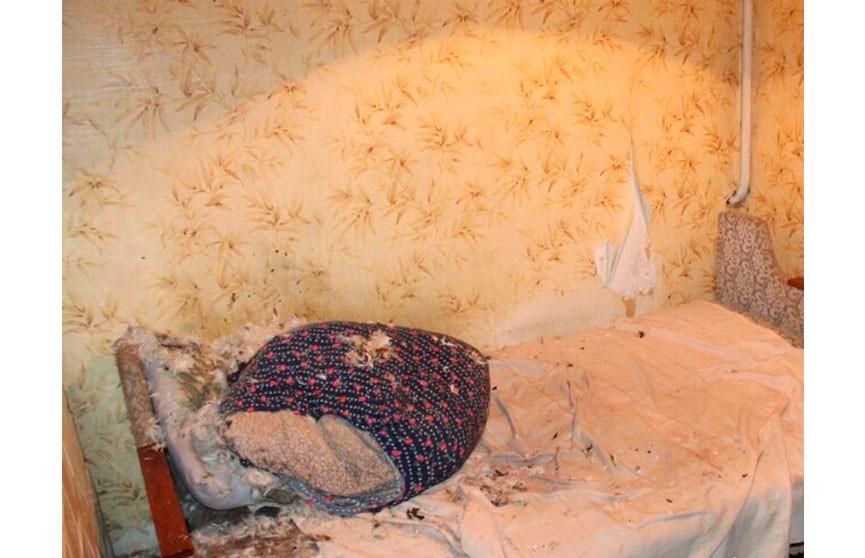 Пока жена спала, муж облил её бензином и поджёг