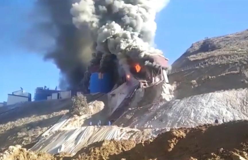 В Кыргызстане произошел пожар на золоторудном месторождении
