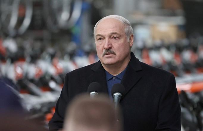 Президент: Если кто-то найдет дворец Лукашенко, сразу поезжайте и заселяйтесь