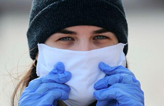 Медик назвал перчатки, которые можно носить для профилактики коронавируса
