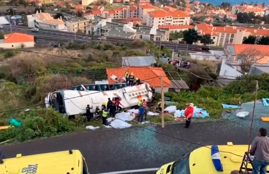 В ДТП на португальском острове Мадейра, погибли 28 человек