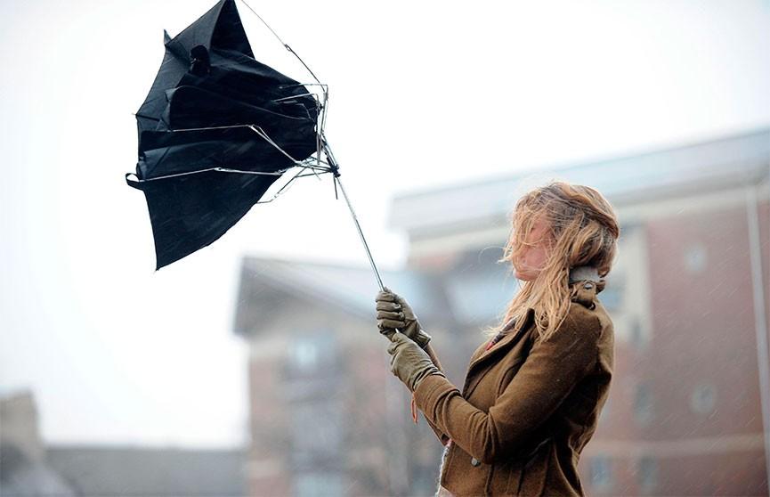 Оранжевый уровень опасности объявлен на 13 марта. Ожидаются сильный ветер и мокрый снег
