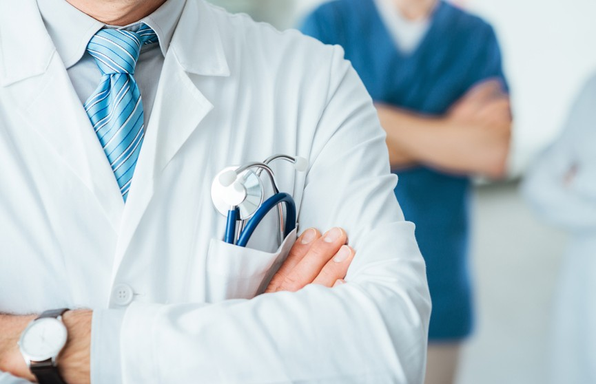 Система оплаты труда работников здравоохранения меняется с 23 июля: установлены новые надбавки