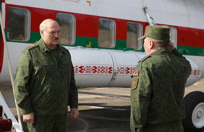 Лукашенко: все идет по плану цветных революций, но с использованием внешнего фактора