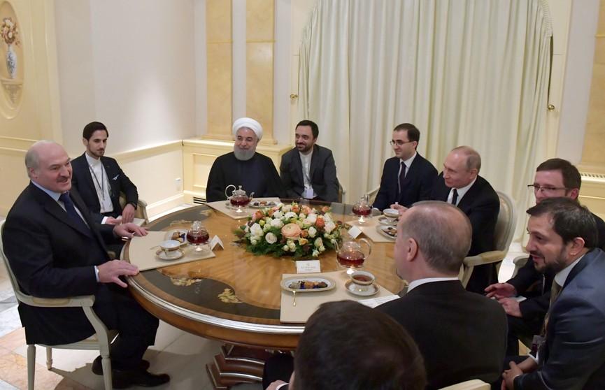 День больших переговоров в Сочи: Александр Лукашенко встретился с президентами России, Ирана и Турции