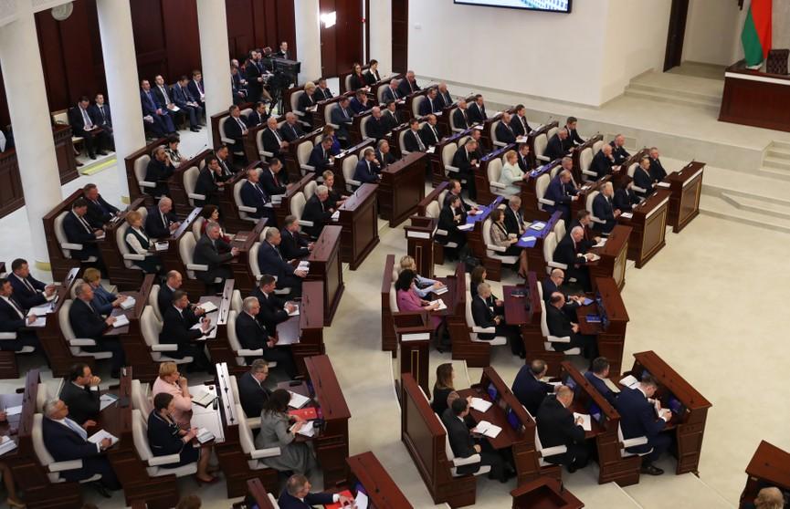 Лукашенко: Благополучие народа, миролюбивая внешняя политика, национальная безопасность – три столпа уверенного курса нашей страны