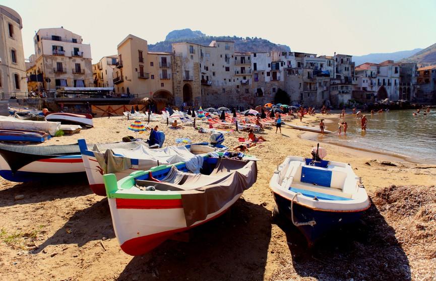 На Сицилии зафиксирована рекордная температура +48,8°С