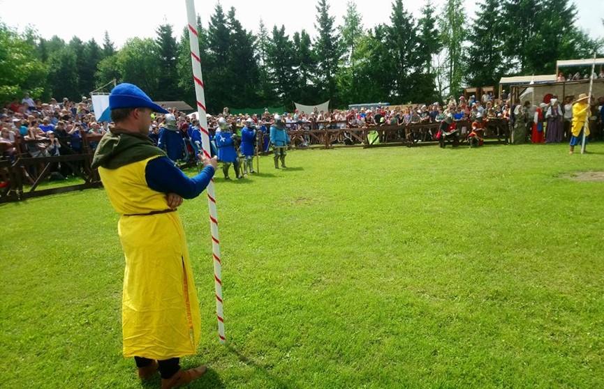 «Наш Грюнвальд»: фестиваль средневековой культуры и музыки открылся под Минском