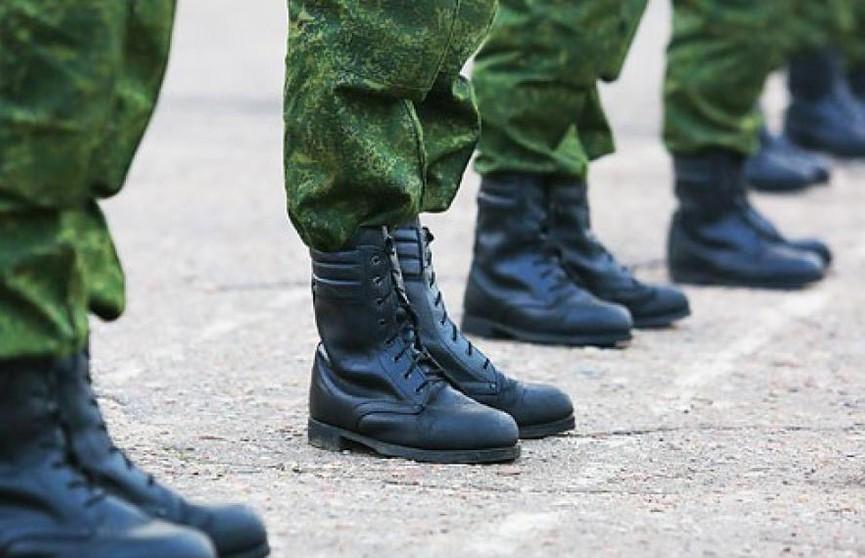 Сотрудники БелАЗа навестили коллег в армии