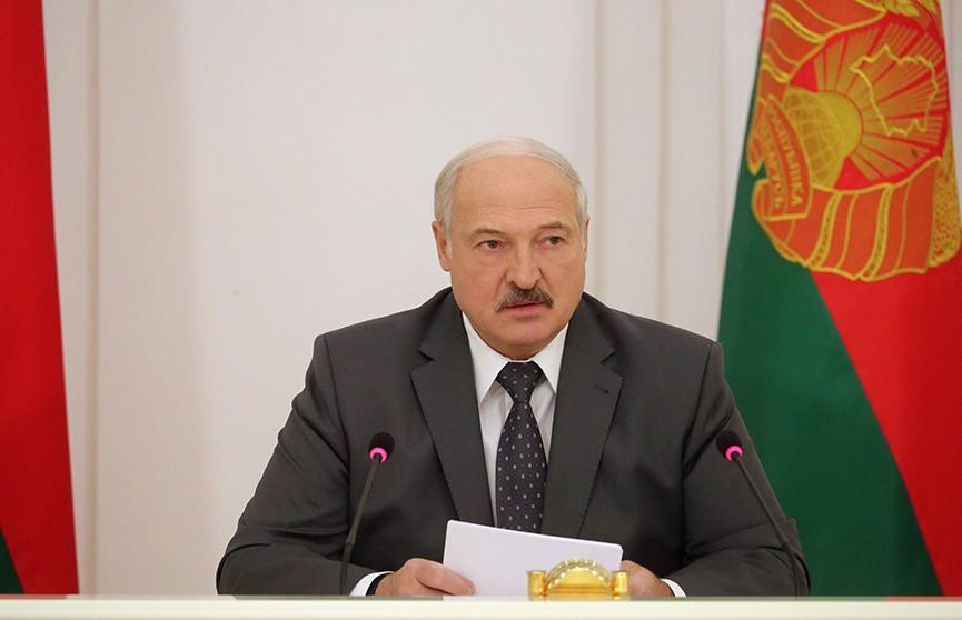 Александр Лукашенко раскритиковал застройщиков: «Разбогатели за счет тех, кто покупает это жилье»