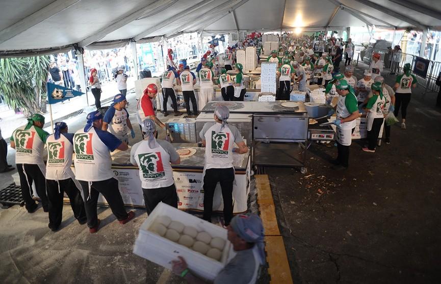 Новый рекорд по скоростному выпеканию пиццы установили в Буэнос-Айресе