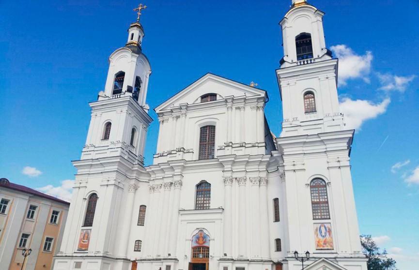 Пьяного мужчину, пытавшегося ограбить собор в Витебске, обезвредили прихожане