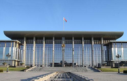 Александр Лукашенко наградил военных и работников МЧС орденами и медалями