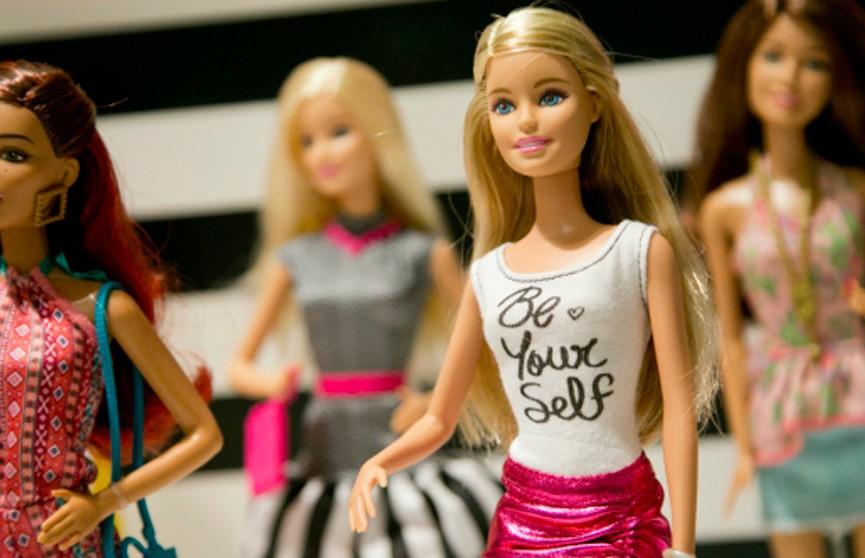 Куклы Барби в инвалидной коляске и с протезами появятся на прилавках детских магазинов в США
