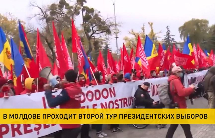 Додон или Санду: второй тур президентских выборов проходит в Молдове