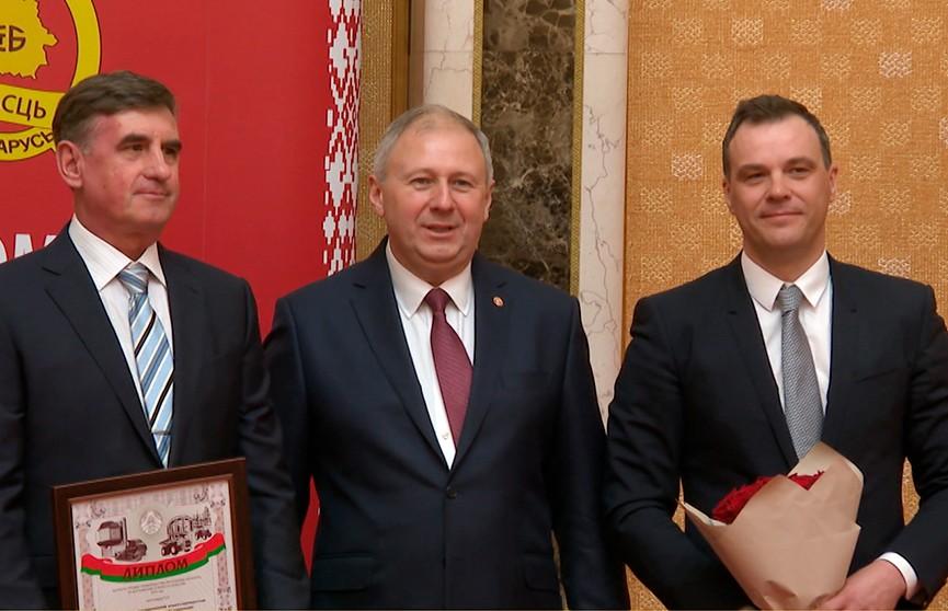 Лауреатов премии правительства за достижения в области качества назвали в Минске