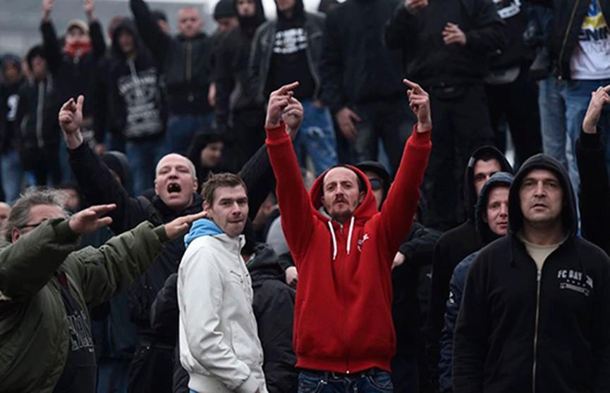 Болельщиков-хулиганов перестанут пускать на стадионы