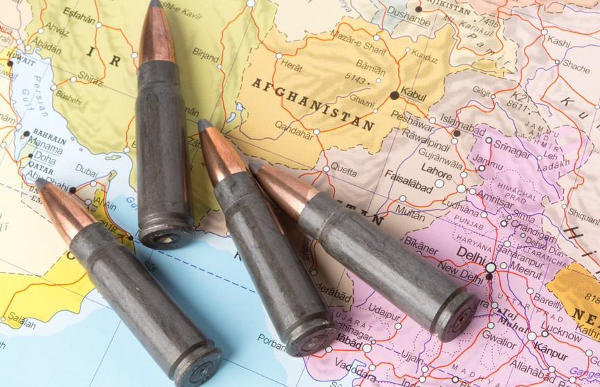 Военные США открыли огонь в аэропорту Кабула, есть жертвы