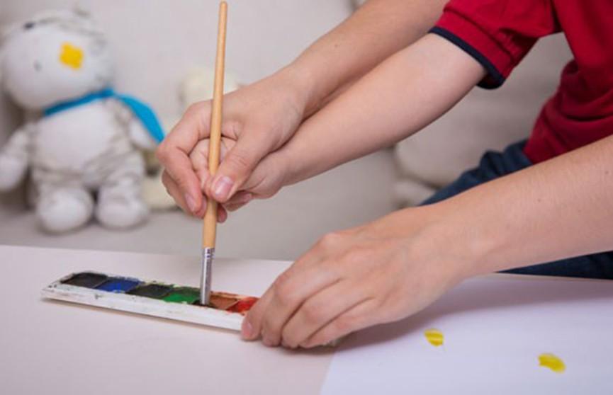 Подарить профессию каждому: благотворительный фестиваль устроили в Городейской школе-интернате