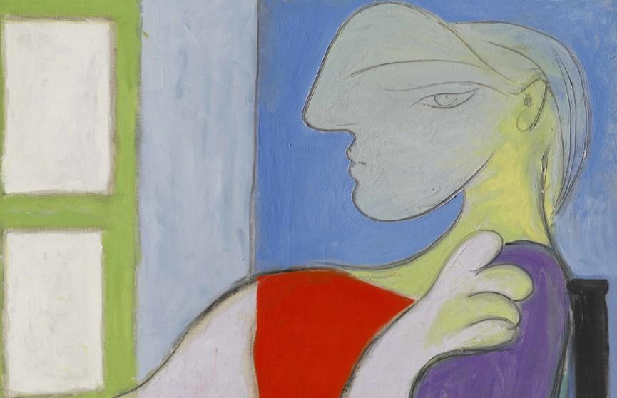 Картину Пикассо «Женщина, сидящая у окна» продали на аукционе за 103 миллиона долларов