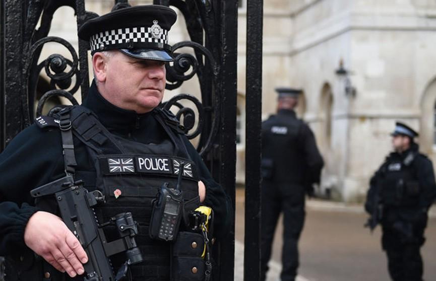 Нападение с ножом на людей в Лондоне: один человек погиб