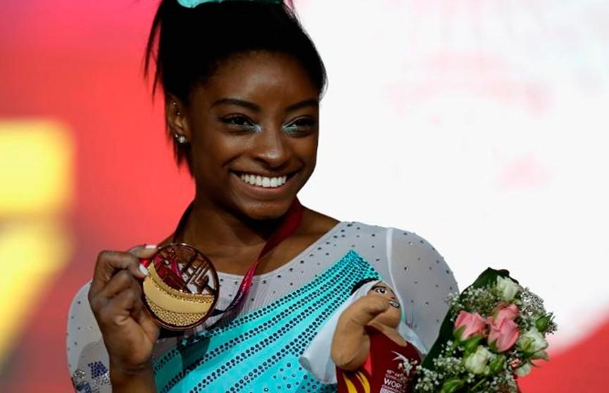 Симона Байлз выиграла чемпионат мира по спортивной гимнастике в многоборье