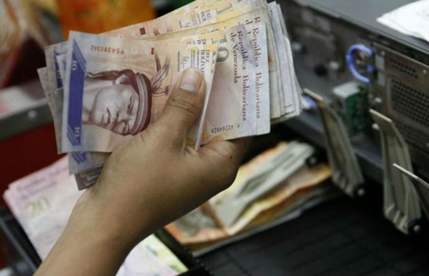 Инфляция в Венесуэле с начала года составила более 1000%