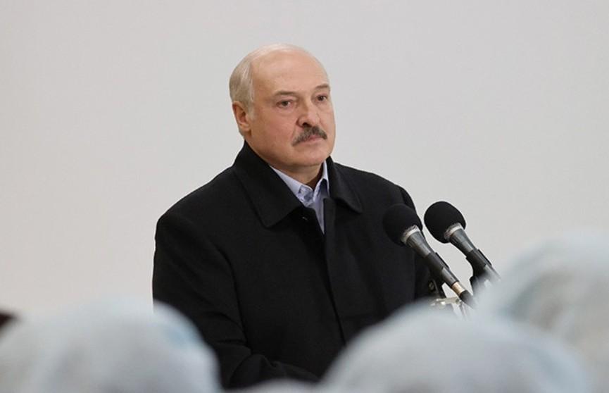 Лукашенко:  Мир ошалел, и люди в этом мире потеряли ориентацию