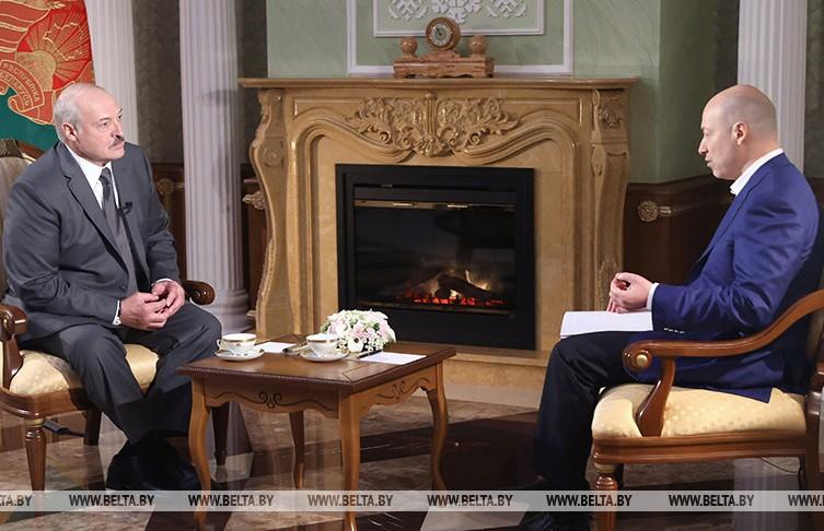 Александр Лукашенко: у нас нет олигархов и при мне их не будет
