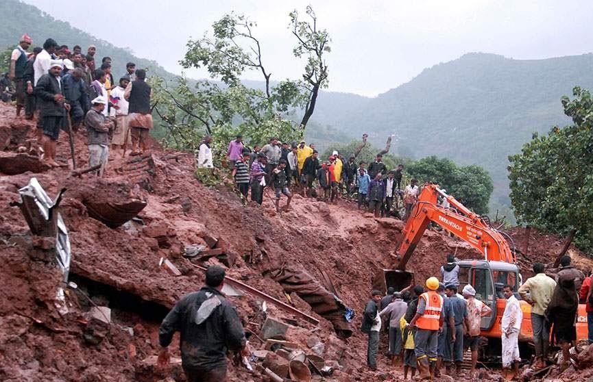 Более 20 человек погибли в результате оползней в Индии