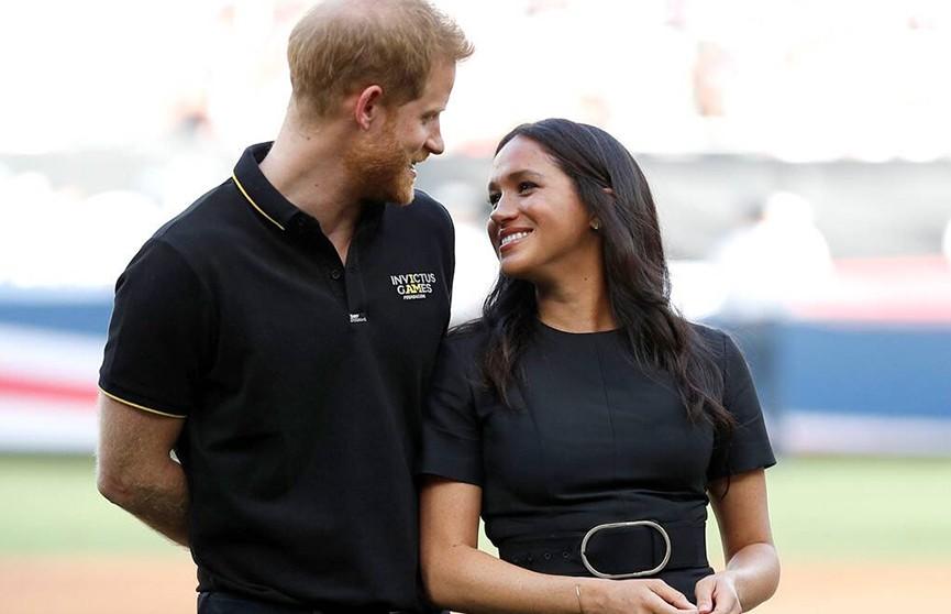 Стало известно, что принц Гарри подарил Меган Маркл в ее день рождения