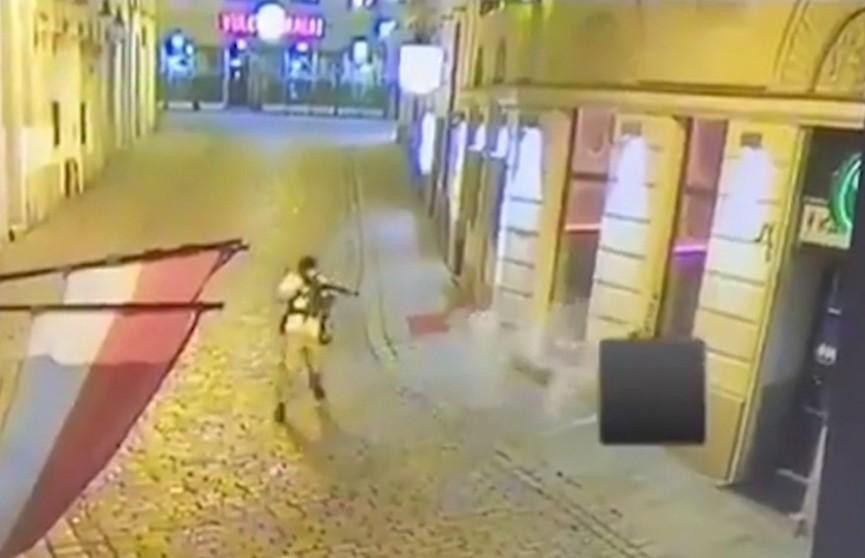 Стрельба в Вене: огонь велся в шести точках, пять человек погибли и 22 ранены