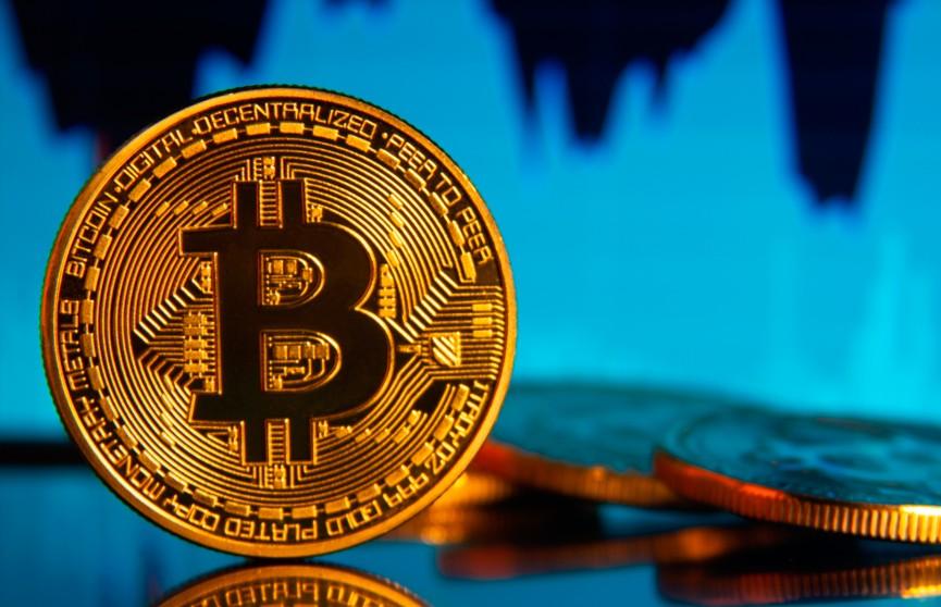 Bitcoin резко взлетел в цене и установил годовой рекорд
