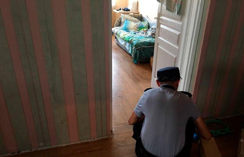 Мать несколько раз ударила молотком по голове свою 8-летнюю дочь в Минске