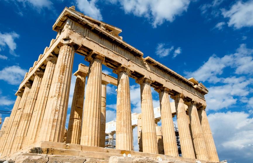 Греция одобрила въезд туристов, вакцинированных «Спутником V»