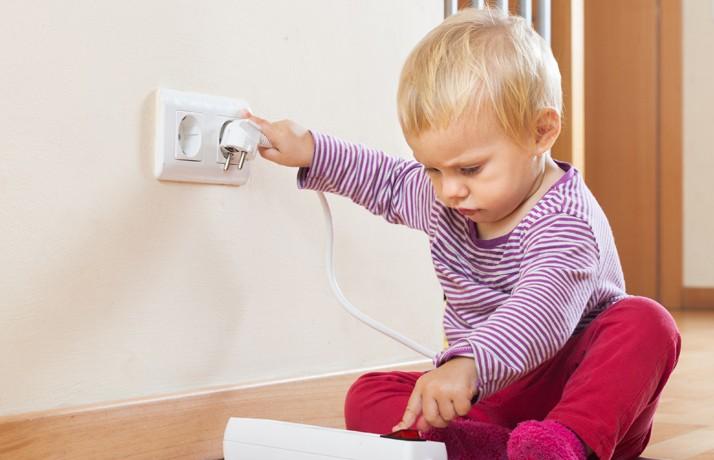 12 опасных мест в доме, о которых забывают родители