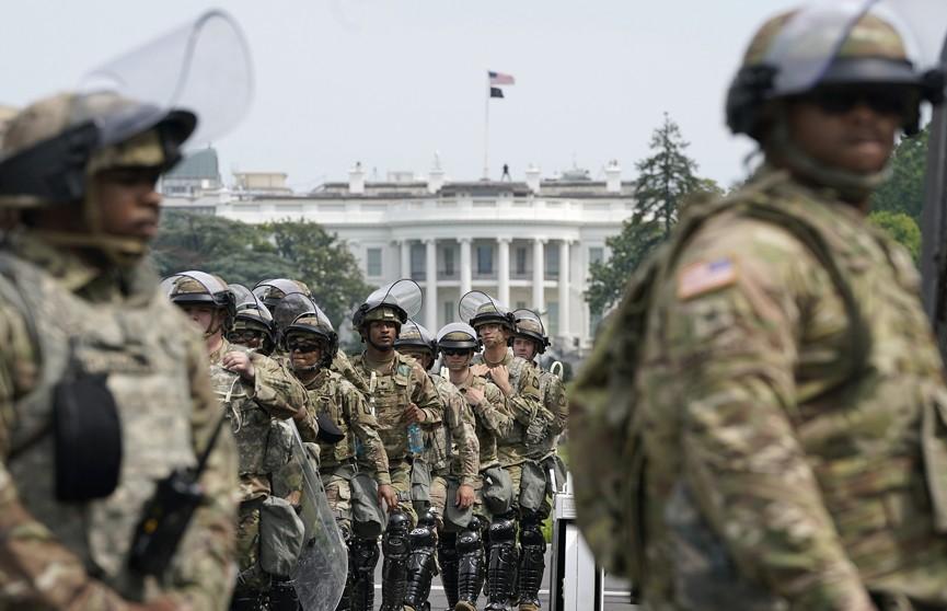 Национальная гвардия США продолжит охранять Вашингтон
