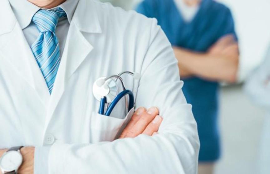 Талончик не нужен: поликлинику под открытым небом на день откроют в Гродно