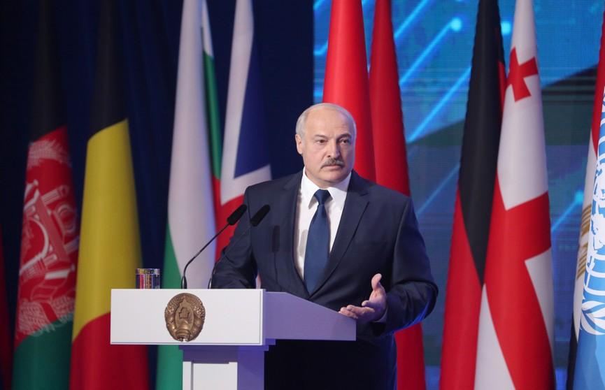 Опаснее терроризма. Лукашенко против прекращения действия Договора о ликвидации ракет средней и меньшей дальности