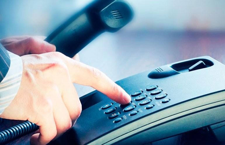 Решить проблему оперативно: работают телефонные линии с представителями власти