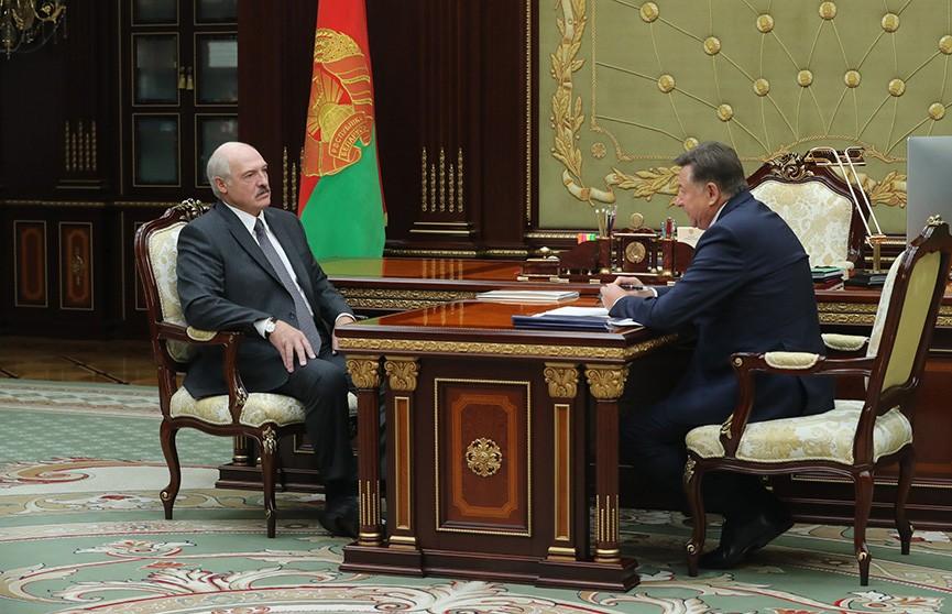 Президент принял с докладом председателя правления «Белкоопсоюза»