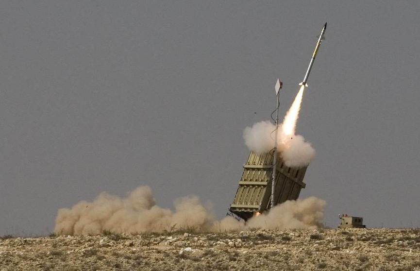 Армия Израиля ответила на массированный ракетный обстрел со стороны сектора Газа