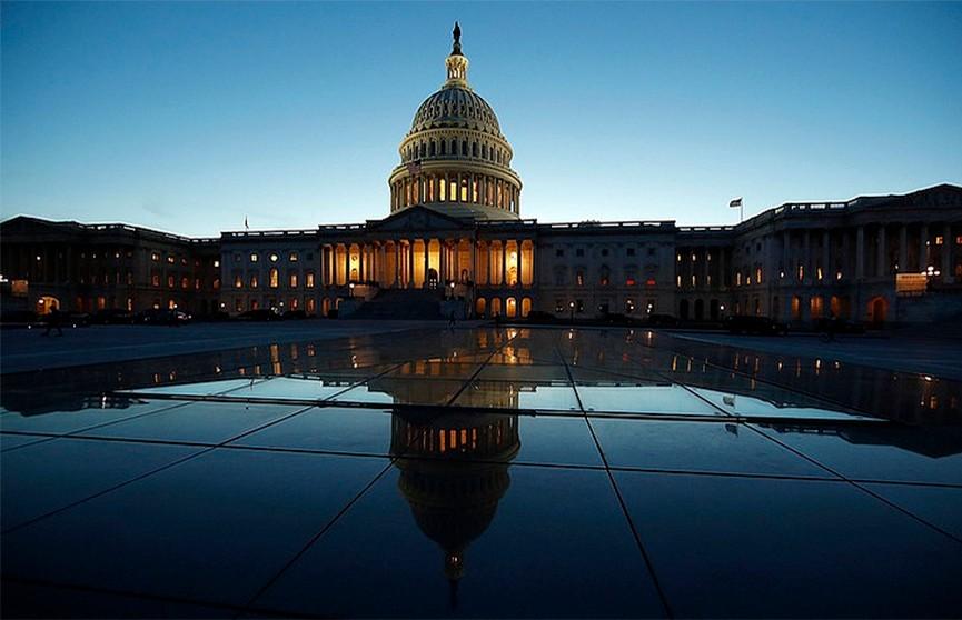 Палата представителей США утвердила план стимулирования экономики на $1,9 трлн