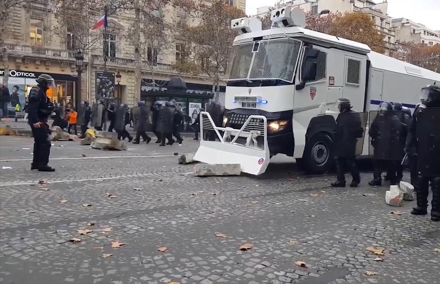 История протеста: с чего начинались и чем грозят теперь беспорядки в США и ЕС?