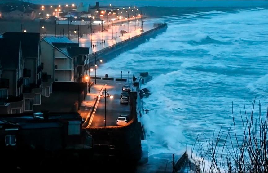 Мощный шторм «Сиара» надвигается на Ирландию и Бельгию