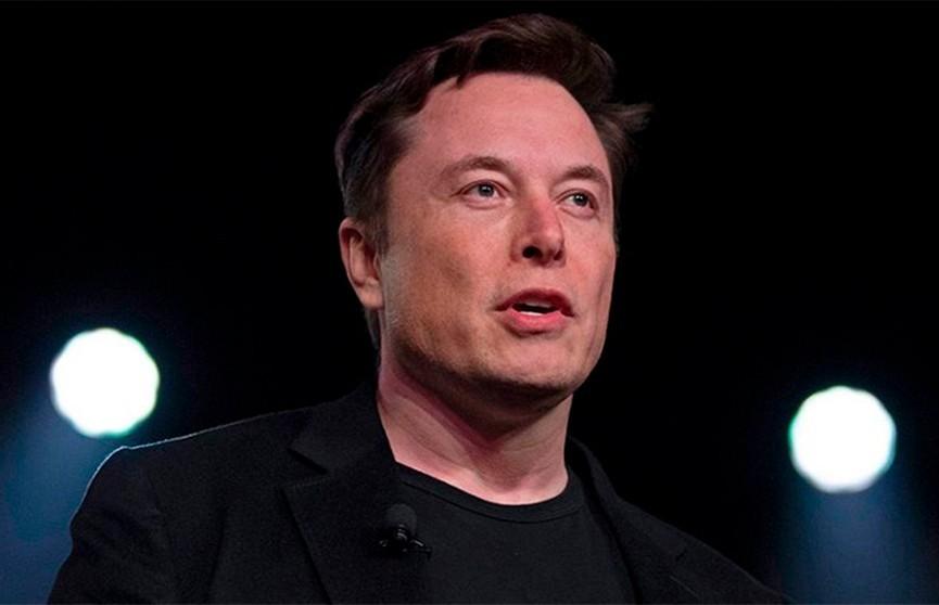 «Какая-то ерунда». Илон Маск четыре раза сдал тест на COVID-19