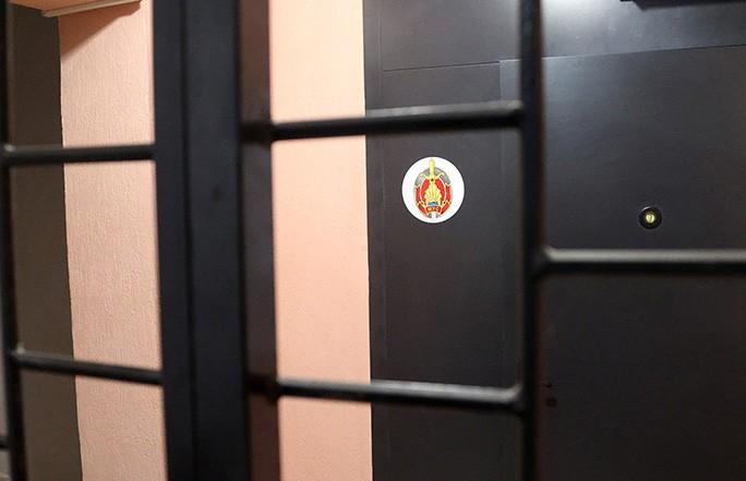 14 человек задержали сотрудники милиции возле Дома правосудия