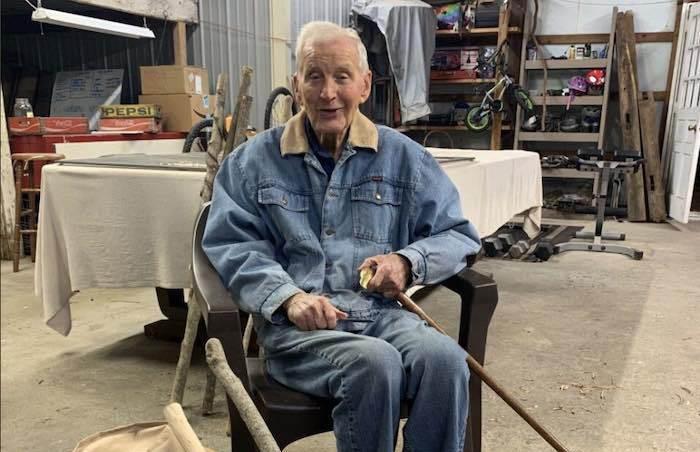 Пенсионер из США организовал мини-производство и тратит вырученные деньги на благотворительность